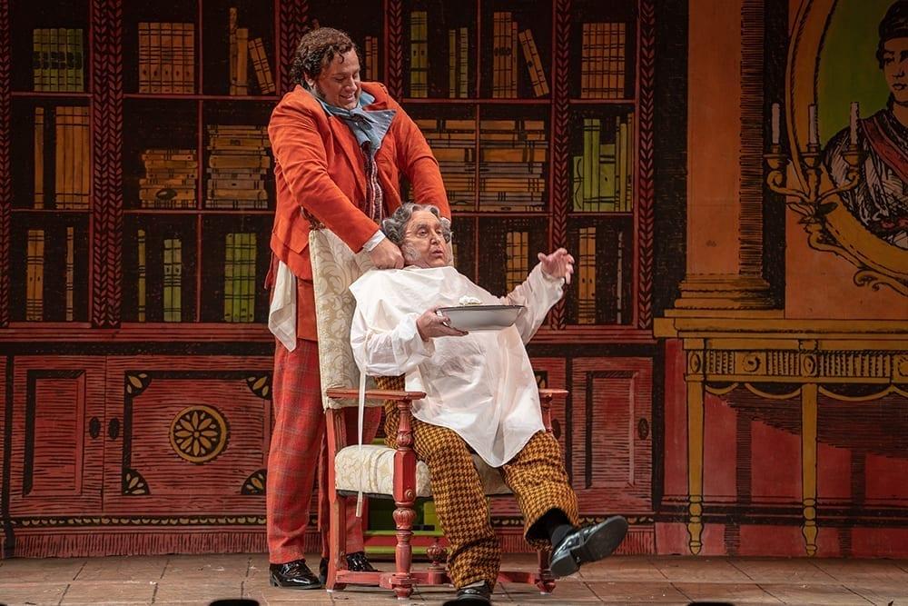 Lucas Meachem as Figaro in The Barber of Seville