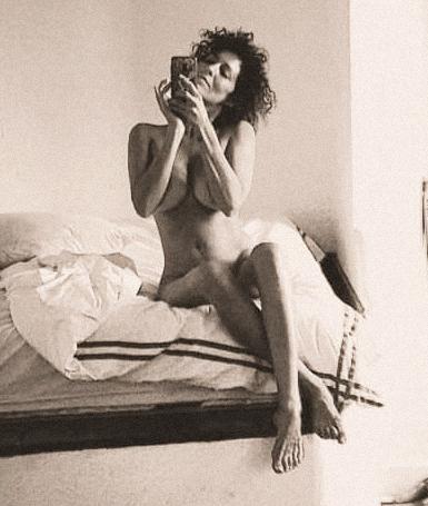 Rocío Madrid al desnudo en tu culo me suena