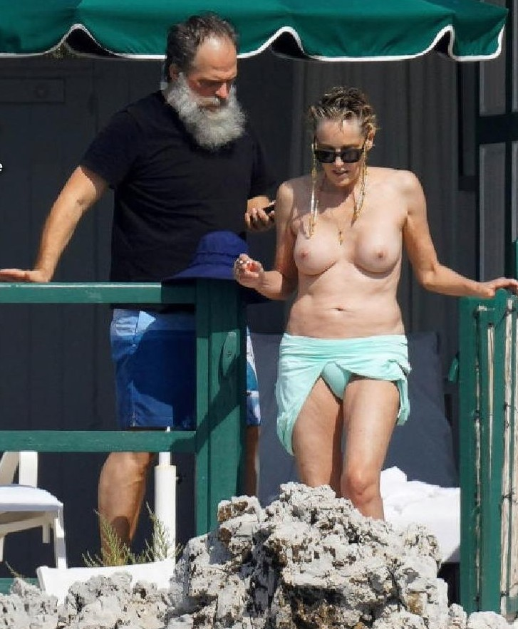 Sharon Stone desnuda a los 62
