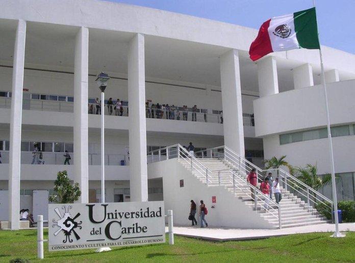 Evalúa Unicaribe situación económica de sus alumnos
