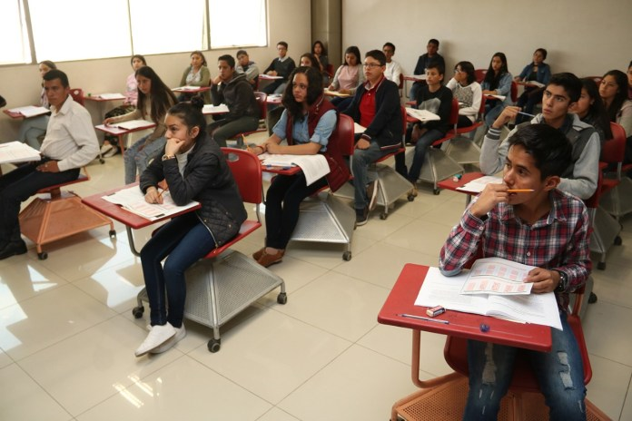 Bajan costo de examen para educación media superior
