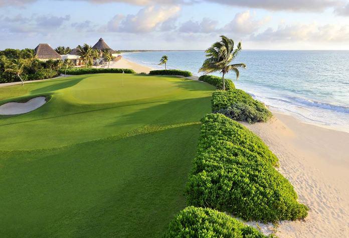 Abren primero campos de golf en hoteles