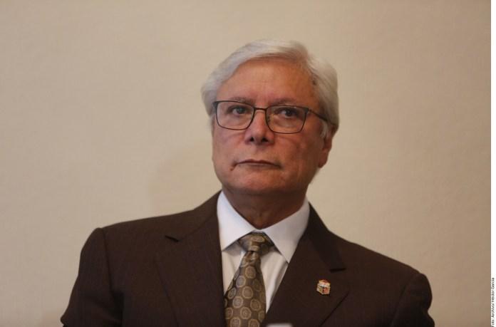 Captan a Gobernador de Baja California en casino en plena pandemia.