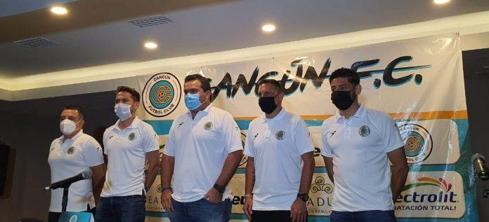 Presenta Cancún F.C. su directiva