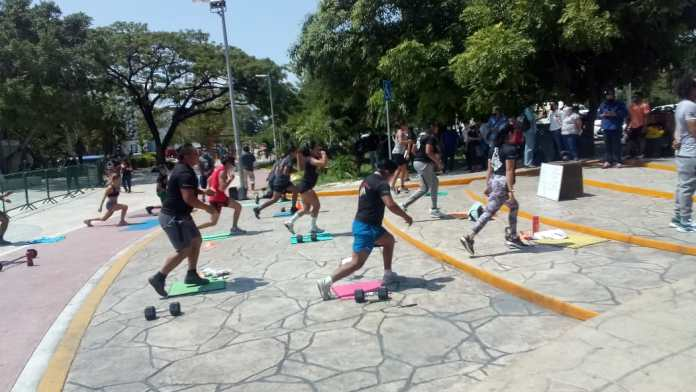 Realizan demostración para pedir reactivar el deporte en Cancún