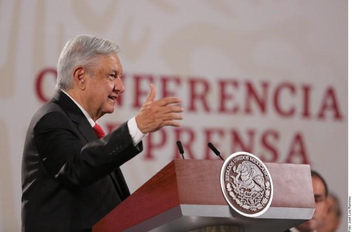 Si por cubrebocas fuese reactivación, me lo pongo.- López Obrador