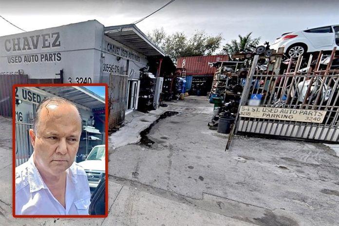 Cae César Duarte comprando llanta en Miami