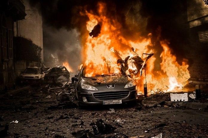 Devastan explosiones el puerto de Beirut