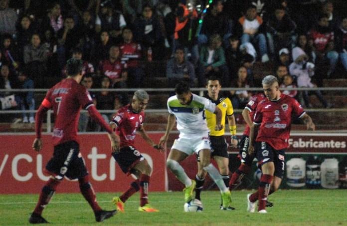 Suspenden torneo Serie B en Liga Premier