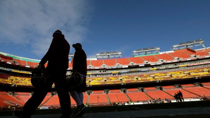 Supervisa NFL pesquisas contra Washington