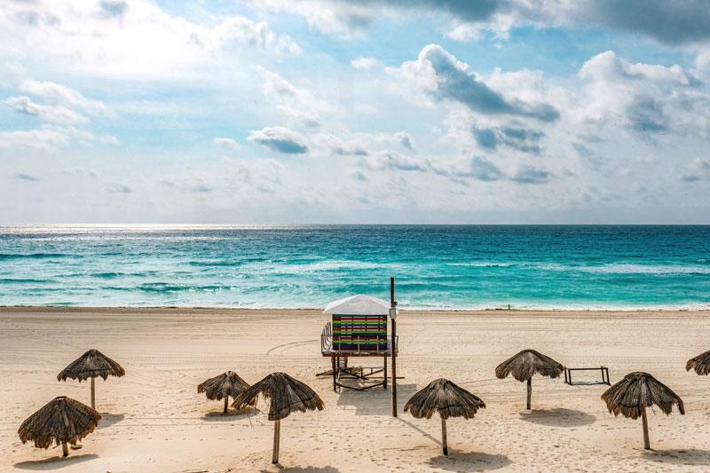 Definen protocolos para acceso a playas en Cancún - Luces del Siglo
