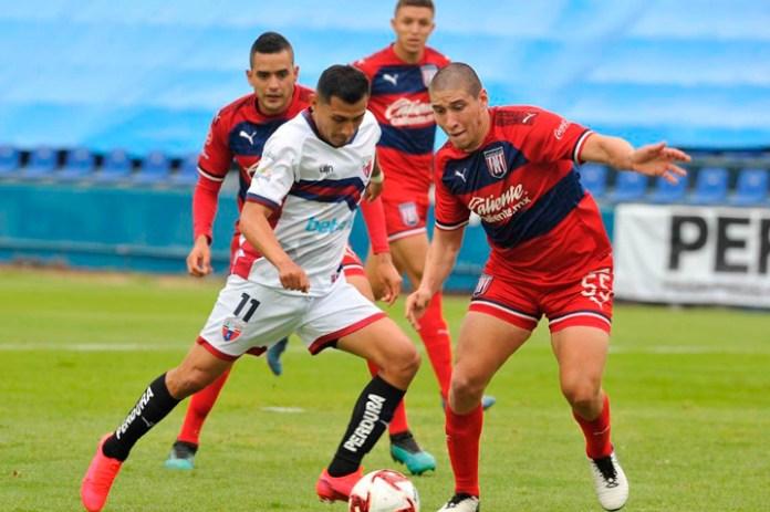 Buscan Lizandro Echeverría y Alfonso Tamay pase a semifinales