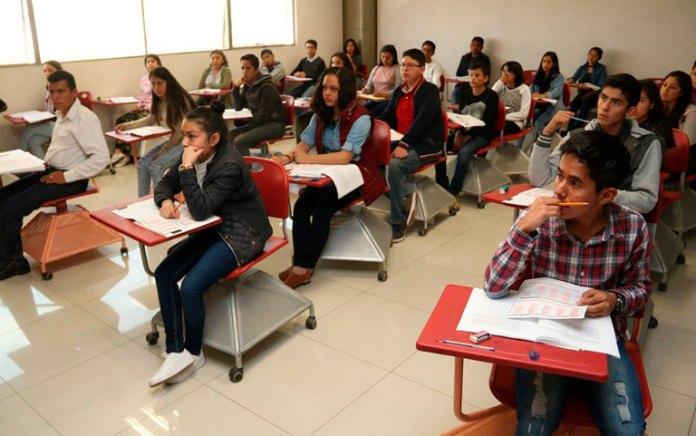 Destinan recursos para programa de excelencia educativa