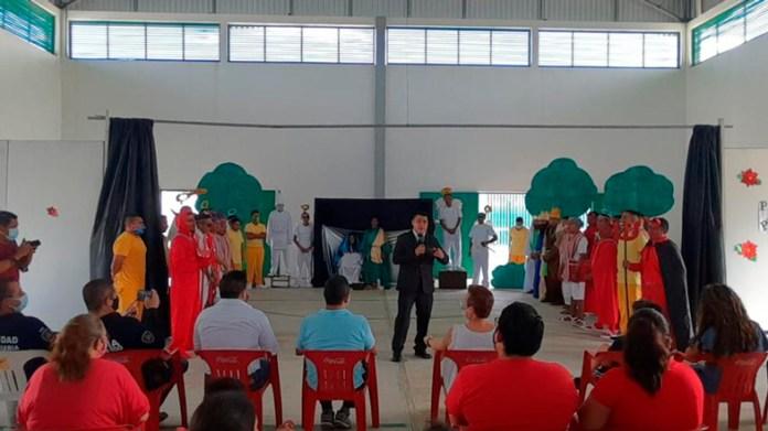 Hacen festejo especial en Ceresos de Quintana Roo
