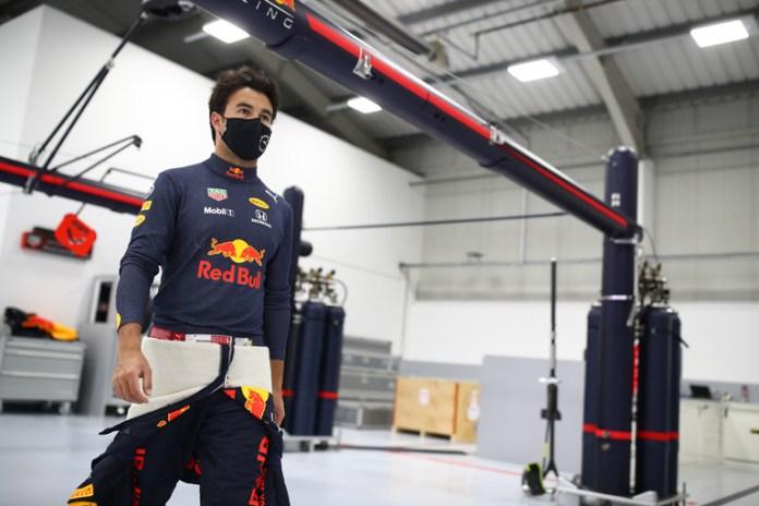 Se asegurará Checo Pérez de rendir al máximo en Red Bull