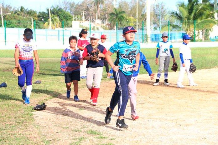 Sancionan a escuela de beisbol en Bonfil