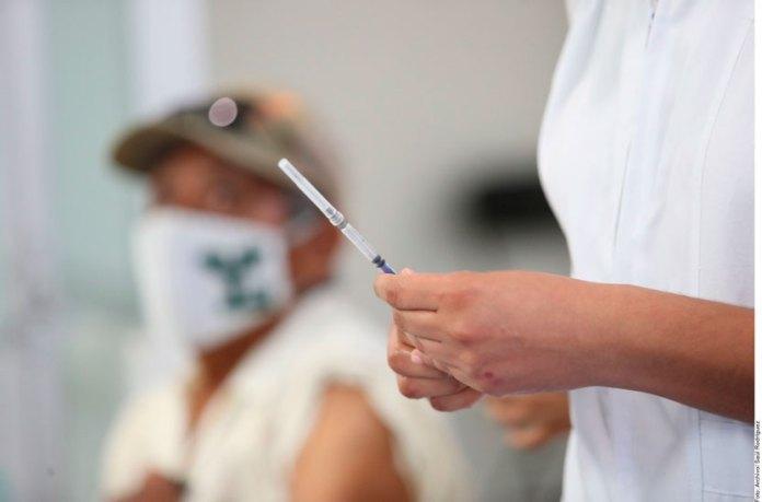 Libran de impuesto a vacuna y oxígeno