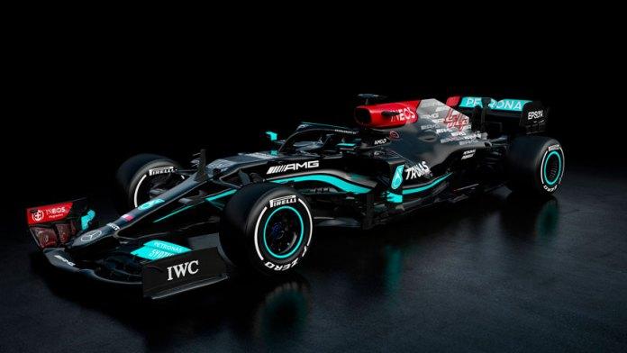 Irá Lewis Hamilton 'despacio' con Mercedes
