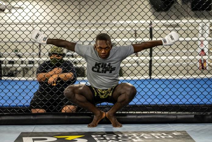 Subirá Adesanya por el cinturón y la historia en UFC