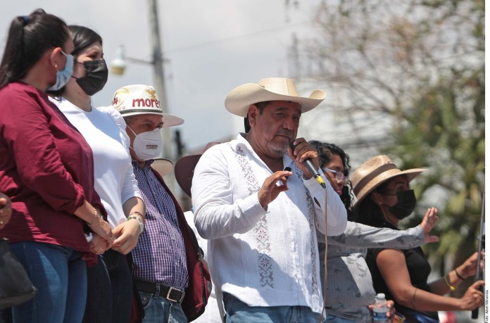 Amaga al INE Félix Salgado
