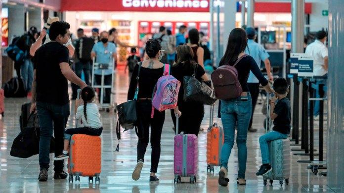 Confía aeropuerto de Cancún en un buen verano