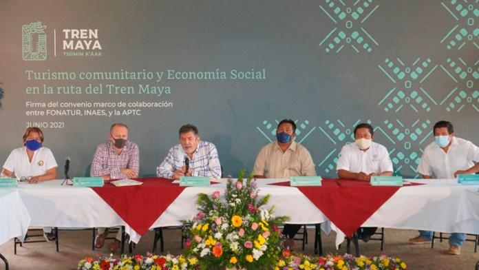 Signan convenio social por el Tren Maya