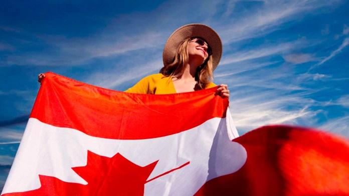 Planean canadienses volver a Cancún para el invierno