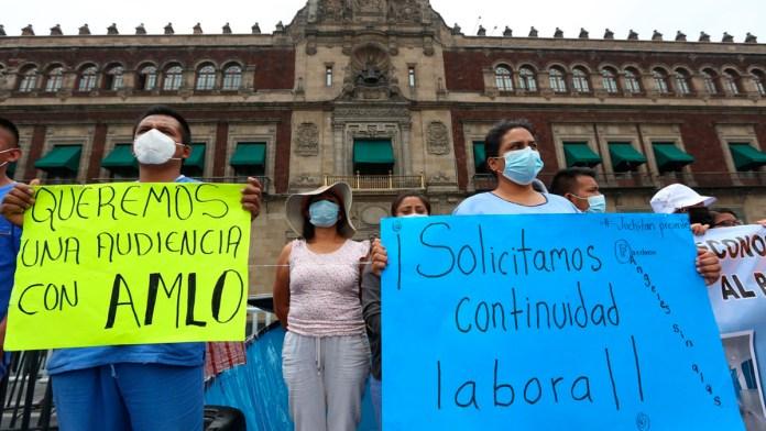 Rechaza López Obrador que haya despido de médicos