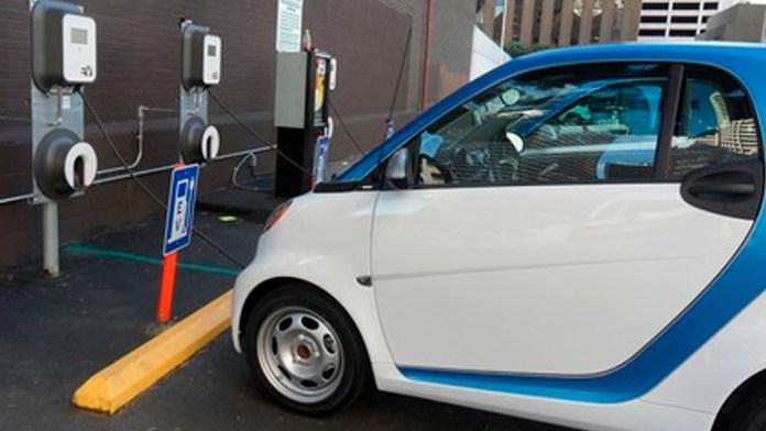 Solo el 2.6% de vehículos en México son híbridos o eléctricos.- AMDA