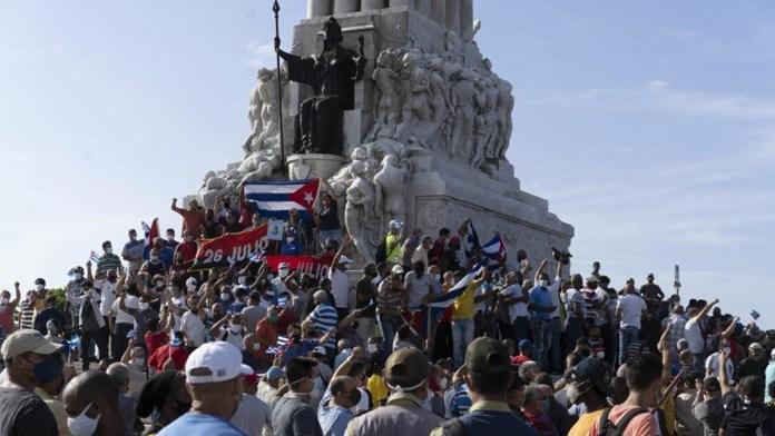 Avivan pleito Estados Unidos y Cuba tras protestas en la isla