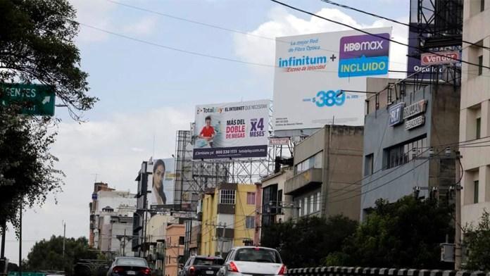 'Salvan' anuncios en las azoteas