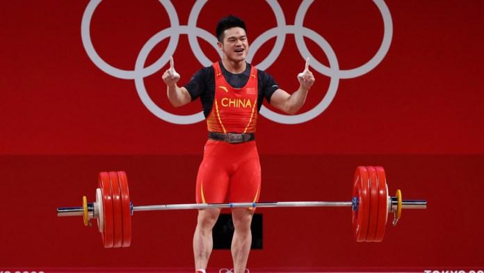 Extiende China dominio en halterofilia olímpica