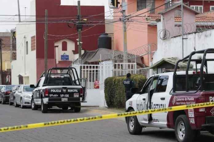 Estalla explosivo en vivienda de Puebla