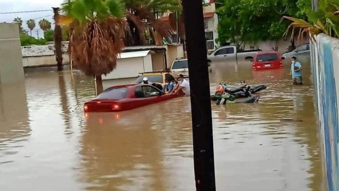 Impacta el huracán Olaf entre La Paz y Los Cabos