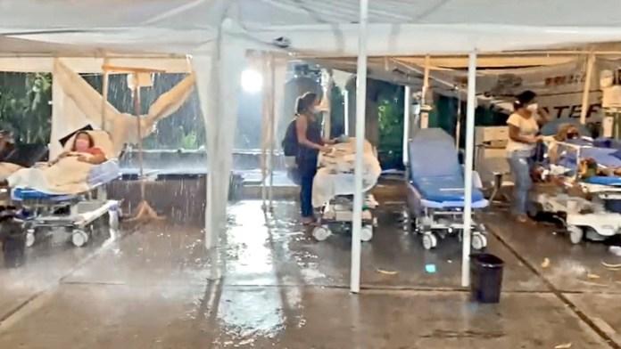 Atiende bajo lluvia ISSSTE-Acapulco
