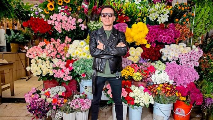 Impulsó el poder de las flores a Fonseca para su tema '2005'