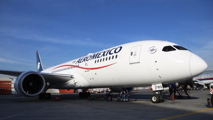 Apura Aeroméxico salida de quiebra