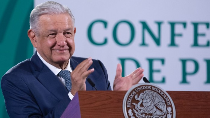 López Obrador anuncia reforma electoral
