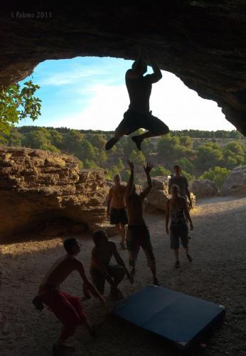 Dominada en la Cueva del Moro