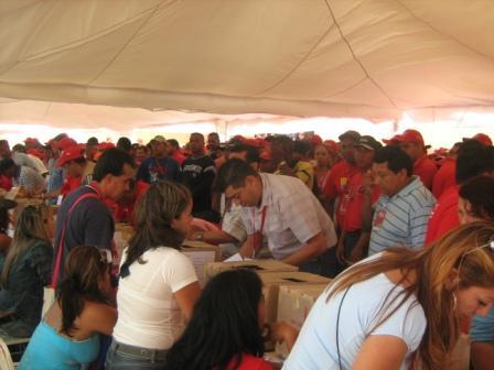 PSUV: Más de 2 millón eligen a sus candidatos a alcaldes y gobernadores.