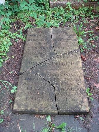 Lápida original de la tumba de Karl Marx y Jenny von Westphalen