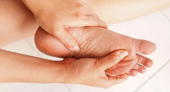 Automassaggio ai piedi: Relax e Vitalità
