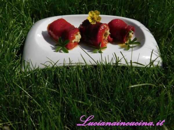Accomodarli sul piatto con una spruzzata di sale rosa, un filo d'olio extravergine e una piccola decorazione a piacere.