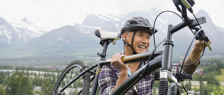 lucid-audio-biker-neckband-slide