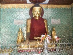Buddha in Sule Pagoda