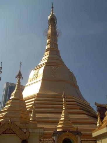 Sule Pagoda2
