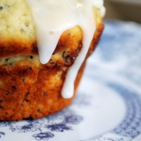 Weekend baking: Sticky lemon drizzle and poppy seed cake