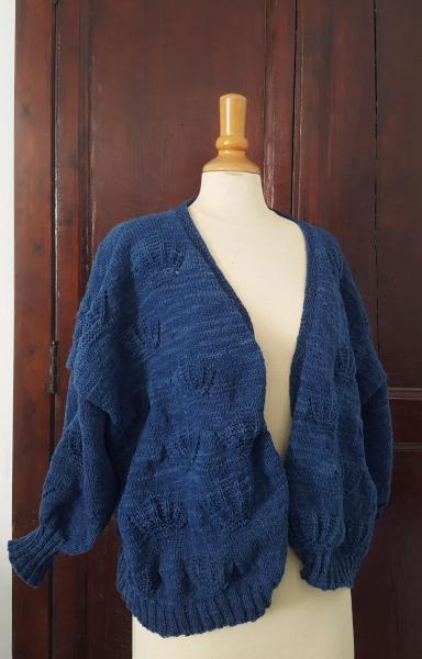 laines paysannes teintes à la main à l'indigo pour mon gilet coquille