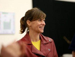 Exposition au 45ème salon de Boutigny sur Essonne : Lucie LLONG, artiste peintre du mouvement est invitée d'honneur