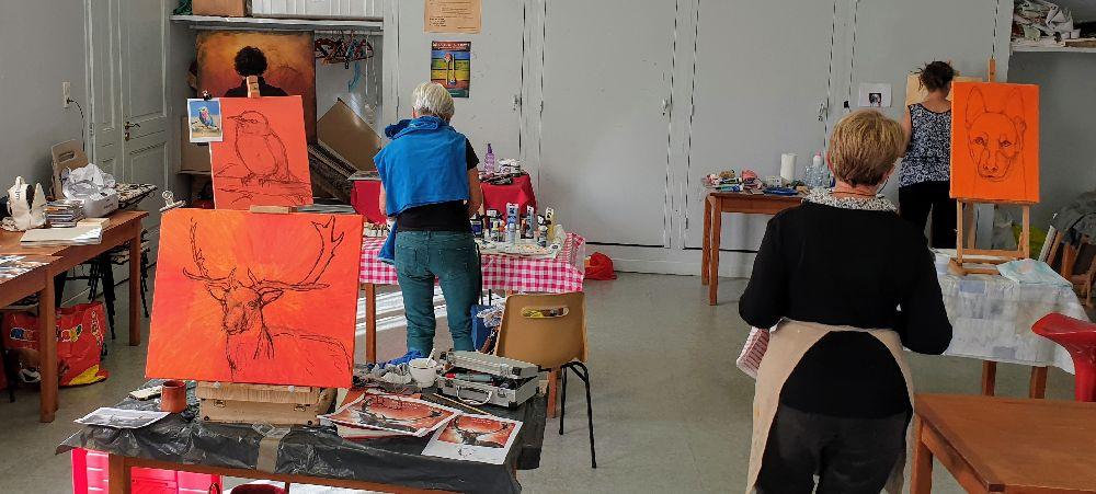 Les photos du stage de peinture animalière organisé à Champeix - Puy-de-dôme - Auvergne Rhone Alpes - par l'association Couleur et création et l'artiste peintre Lucie LLONG